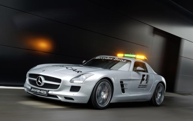 2010 F1 Safety Car SLS AMG 10